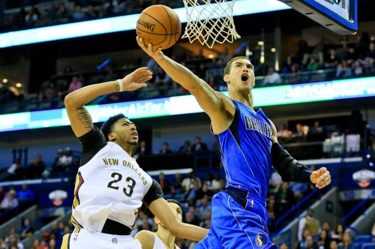 Dwight-powell-anthony-davis-nba-dallas-mavericks-new-orleans-pelicans-1-768x0