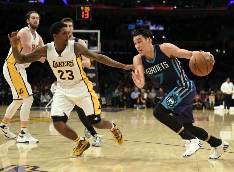 Louis-williams-jeremy-lin-nba-charlotte-hornets-los-angeles-lakers-768x0