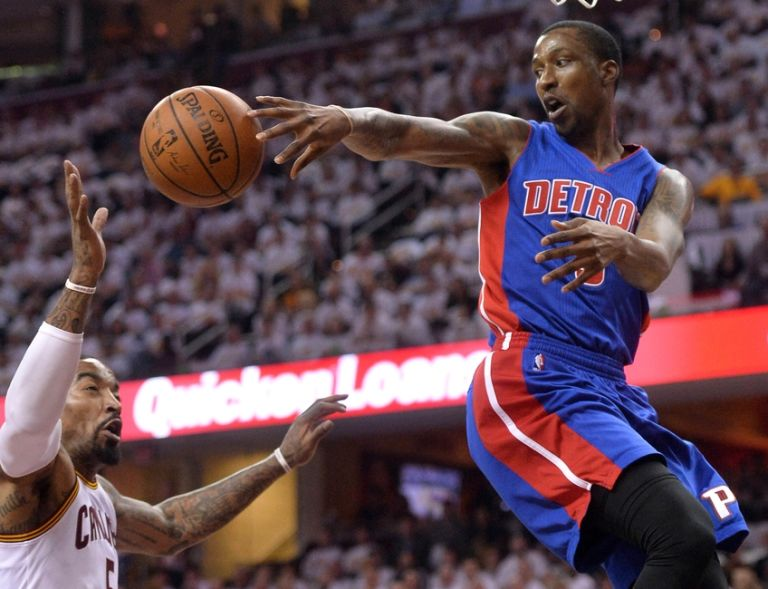 J.r.-smith-kentavious-caldwell-pope-nba-playoffs-detroit-pistons-cleveland-cavaliers-768x589