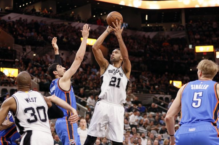Tim-duncan-enes-kanter-nba-oklahoma-city-thunder-san-antonio-spurs-768x511