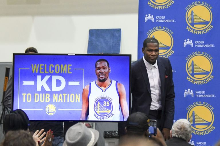 Kevin-durant-nba-golden-state-warriors-press-conference-1-768x511