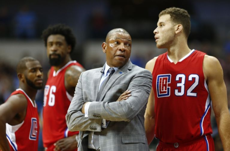 8935973-chris-paul-doc-rivers-deandre-jordan-blake-griffin-nba-los-angeles-clippers-dallas-mavericks-768x504