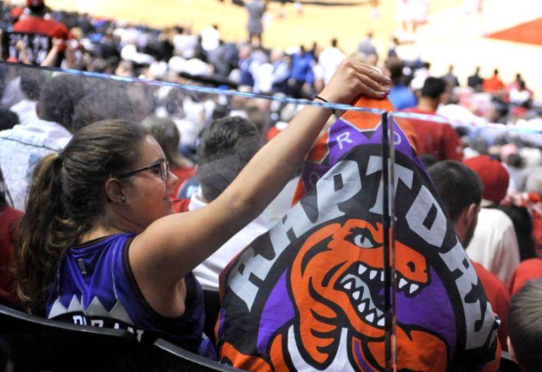9312890-nba-playoffs-cleveland-cavaliers-toronto-raptors-768x528