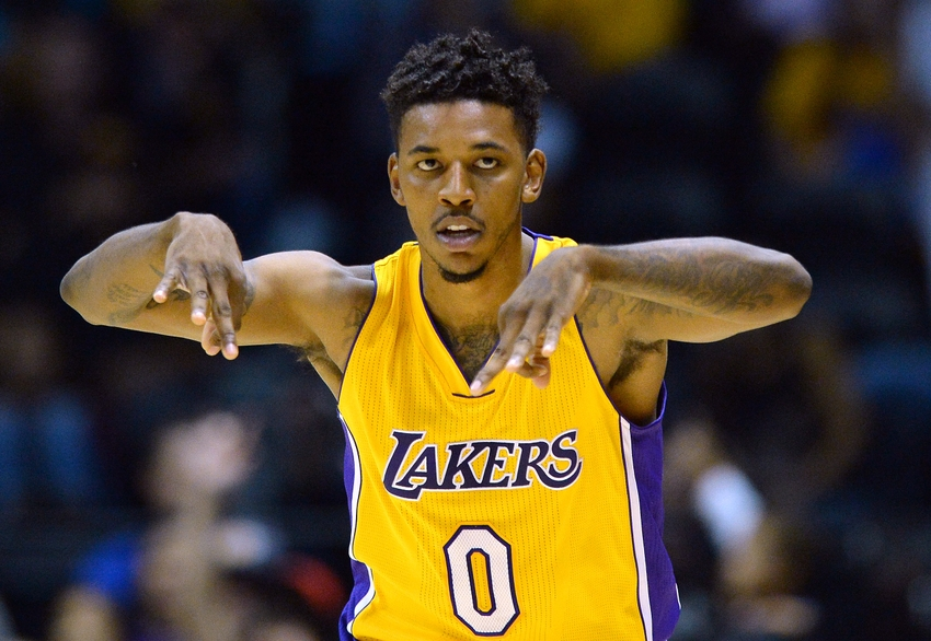 9619783-nick-young-nba-preseason-golden-state-warriors-los-angeles-lakers