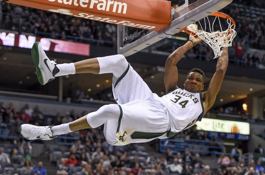 Image result for antetokounmpo dunks 2016