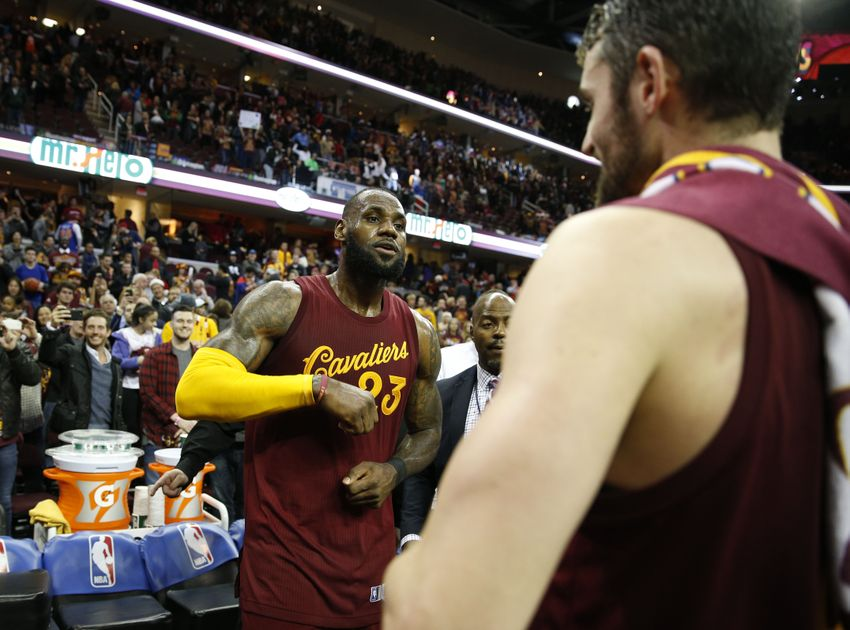 Cavaliers run out of gas, lose 106-90 in Detroit