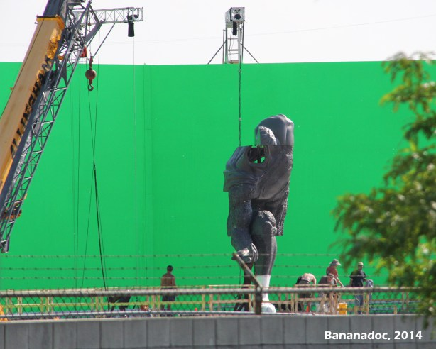 Superman_Statue_Green_Screen