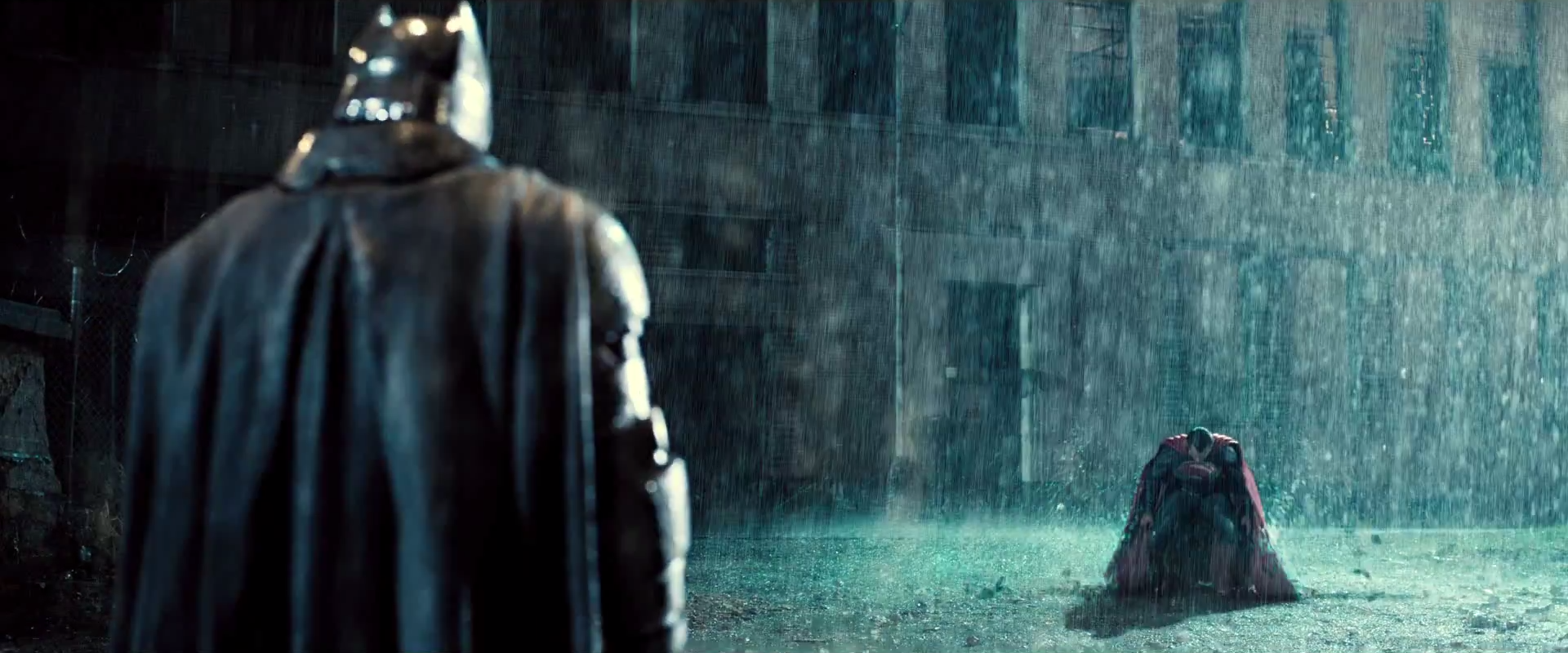 Dawn_Of_Justice_Batman_Superman_Lands.pn