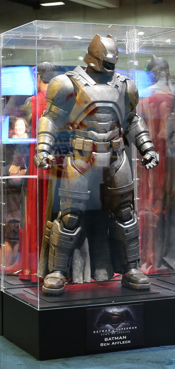 Comic-Con 2015: Dawn Of Justice Props In Detail