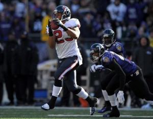 Jan 15, 2012; Baltimore, MD, USA; Houston Texans running back Arian Foster (23) catches a pass in the AFC Divisional Playoff game against the Baltimore Ravens at M