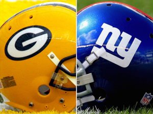 packers-giants-helmets