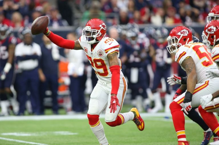 Eric-berry-nfl-afc-wild-card-kansas-city-chiefs-houston-texans-1-768x0