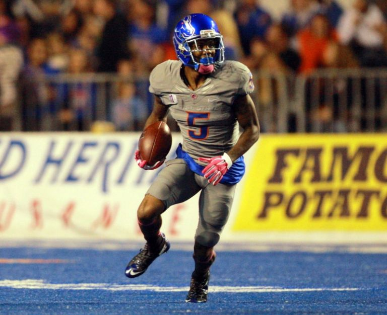 Donte-deayon-ncaa-football-hawaii-boise-state-768x626