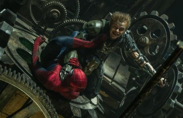 Dane DeHaan's Green Goblin looks like he has the upper-hand of Spider-Man