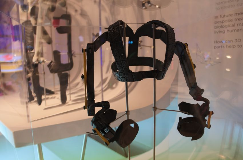 D Printing Exhibition London : Exoskeleton grants dock workers super strength