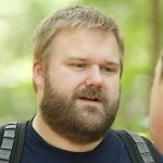 TWD-S3-Robert-Kirkman-Fan-Interview-560[1]