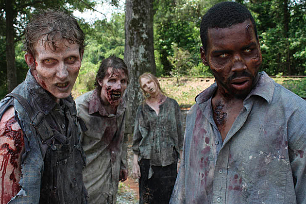 [Walking-Dead-Zombies-AMC]