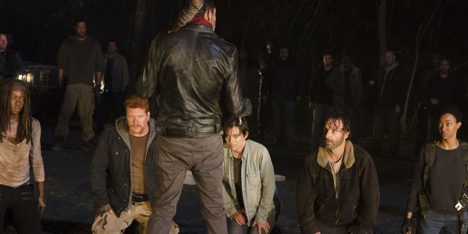 The Walking Dead: The Walking Dead Season 7 Premiere Features An Extra 6