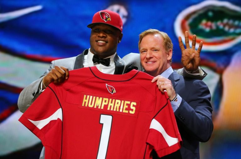 D.j.-humphries-roger-goodell-nfl-2015-nfl-draft-768x0
