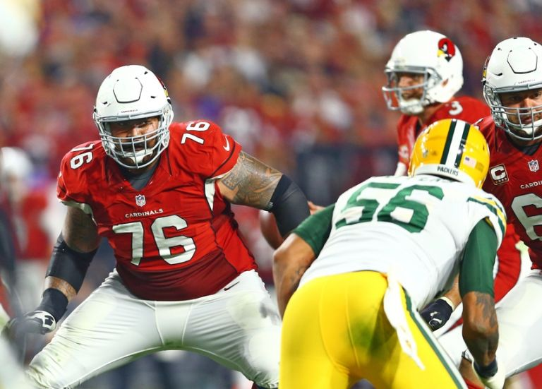 Mike-iupati-nfl-nfc-divisional-green-bay-packers-arizona-cardinals-768x0