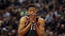 Young Milwaukee Bucks Schooled By East-Leading Toronto Raptors