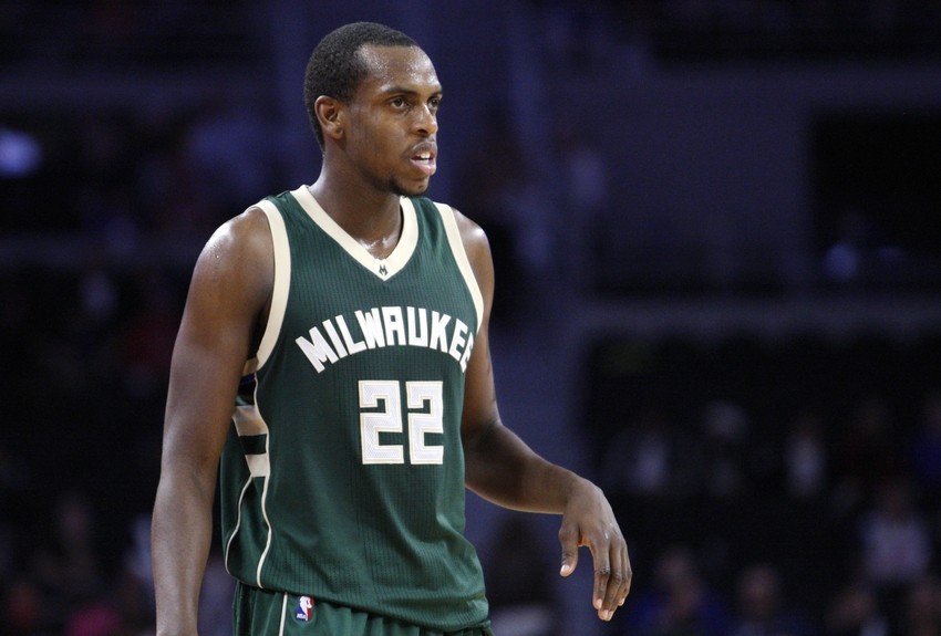 8973402-khris-middleton-nba-milwaukee-bucks-detroit-pistons
