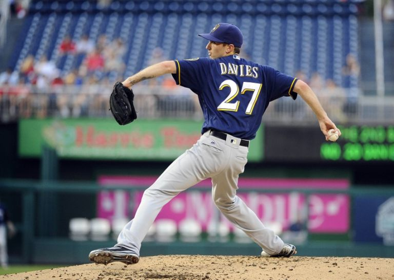9370607-mlb-milwaukee-brewers-washington-nationals-768x547