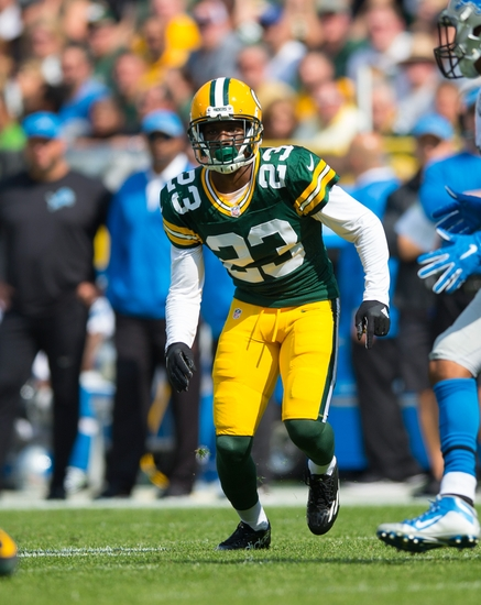 9576657-nfl-detroit-lions-green-bay-packers