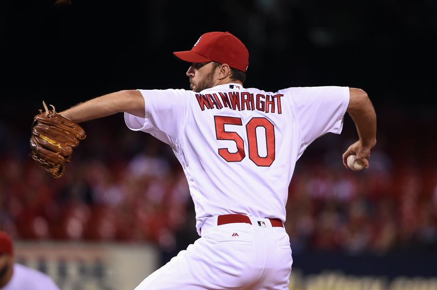 9570781-adam-wainwright-mlb-cincinnati-reds-st.-louis-cardinals