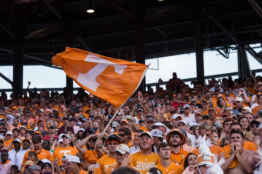 9611102-ncaa-football-tennessee-texas-a-m