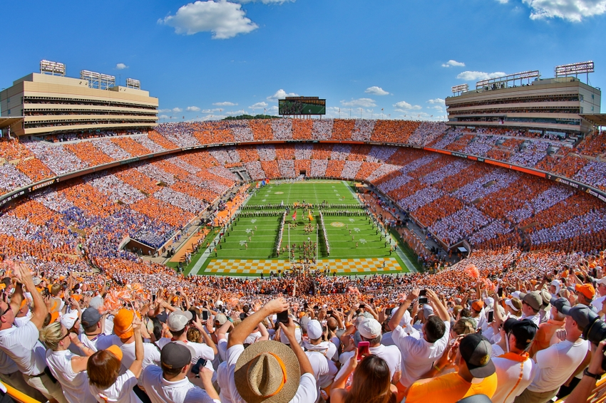 9561250-ncaa-football-florida-tennessee-2