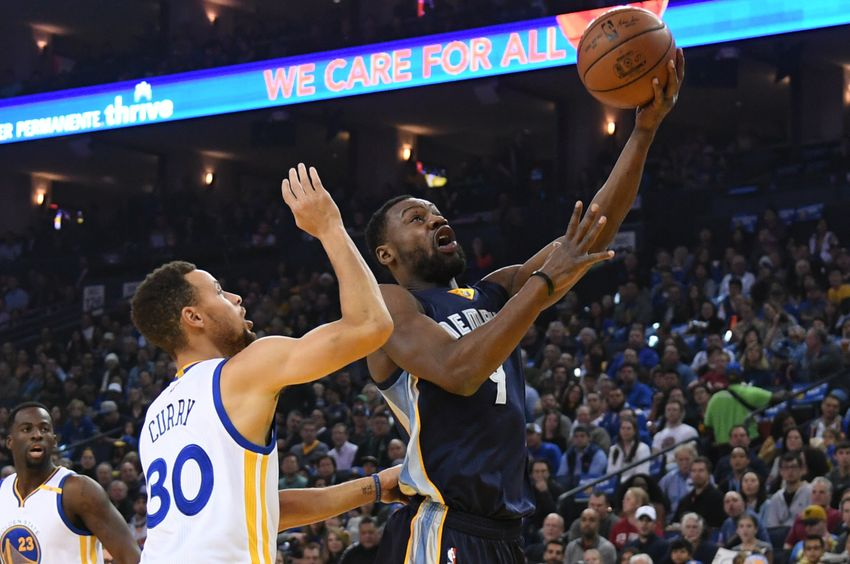 Grizzlies complete dramatic comeback vs. Warriors in OT