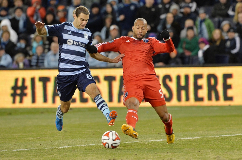 Graham-zusi-victor-bernardez-mls-san-jose-earthquakes-sporting-kc