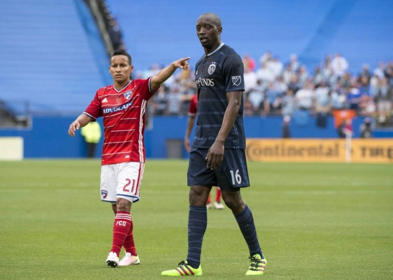 Michael-barrios-lawrence-olum-mls-sporting-kc-fc-dallas-768x547