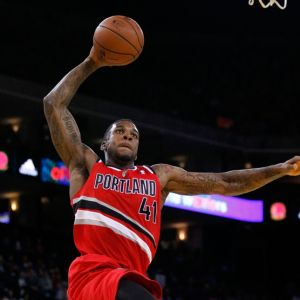 Jan 26, 2014; Oakland, CA, USA; Portland Trail Blazers forward Thomas Robinson (41) prepares to dunk the ball against the Golden State Warriors in the second quarter at Oracle Arena. Mandatory Credit: Cary Edmondson-USA TODAY Sports