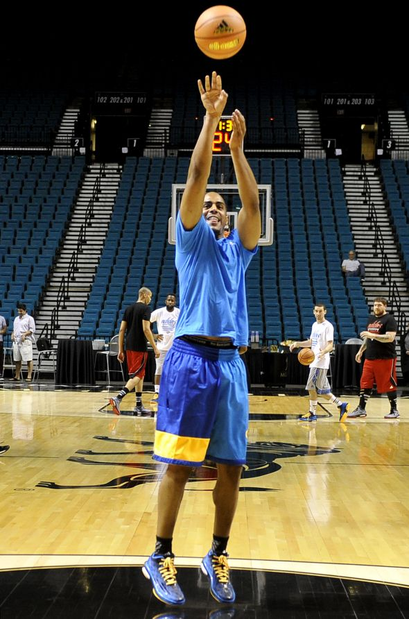 Las Vegas, Nevada (July 27, 2014) – Arron Afflalo of the Denver Nuggets takes a jump shot during a pick-up game at the adidas Basketball Boost launch event at the MGM Grand Garden Arena.