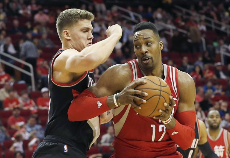 Meyers-leonard-dwight-howard-nba-portland-trail-blazers-houston-rockets-1-768x0