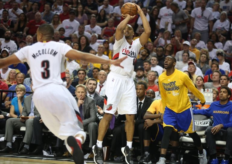 Gerald-henderson-nba-playoffs-golden-state-warriors-portland-trail-blazers-768x545
