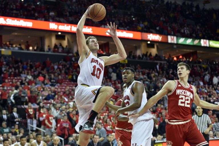 Jake-layman-ncaa-basketball-wisconsin-maryland-768x511