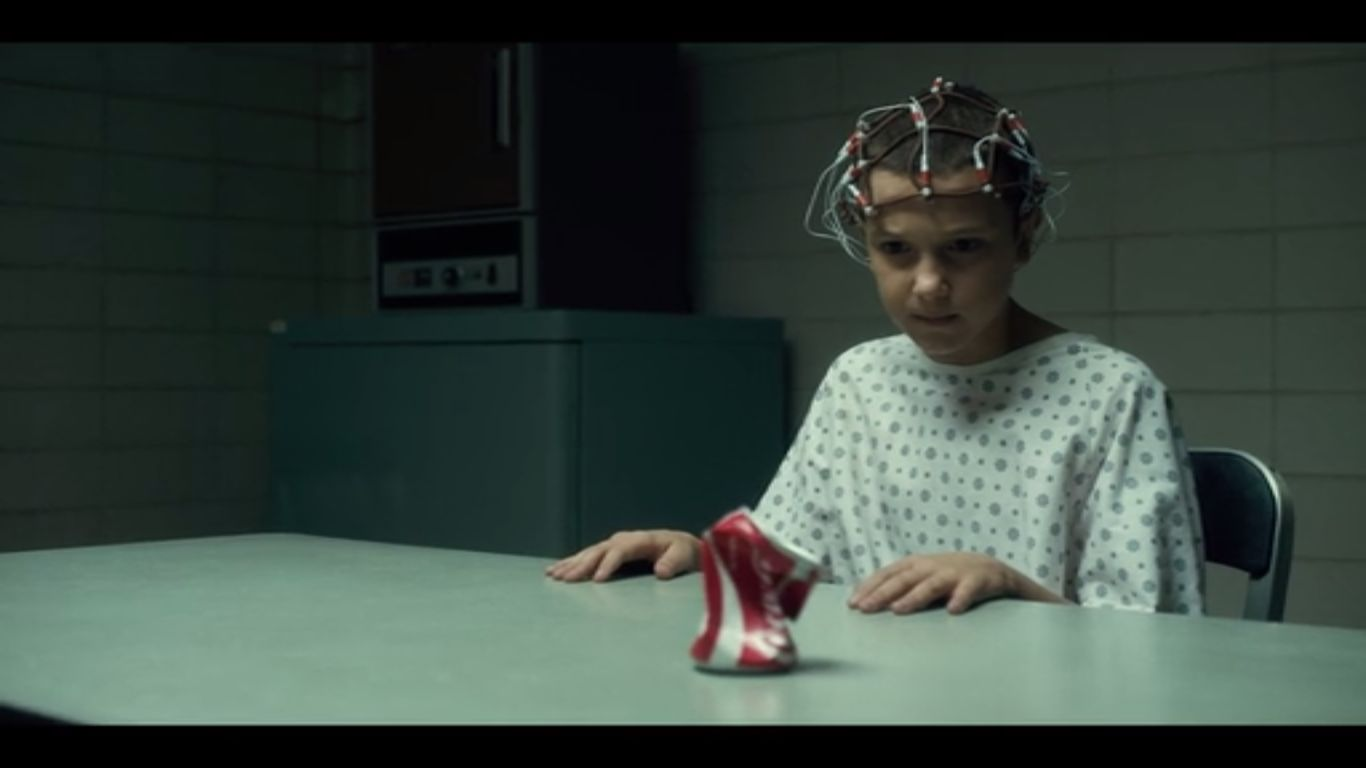 http://netflixlife.com/2016/07/15/stranger-things-recap-episode-3-holly-jolly/