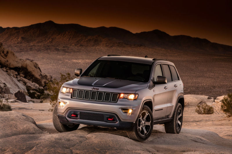 Jeep Grand Cherokee Trailhawk leaks out early