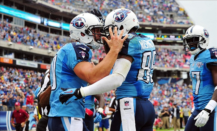 Jake Locker: Should Mike Munchak Start Titans QB vs 49ers?