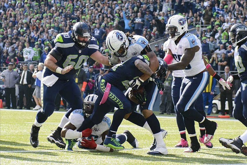Titans Play Great D, Not Enough in 20-13 Loss to Seahawks