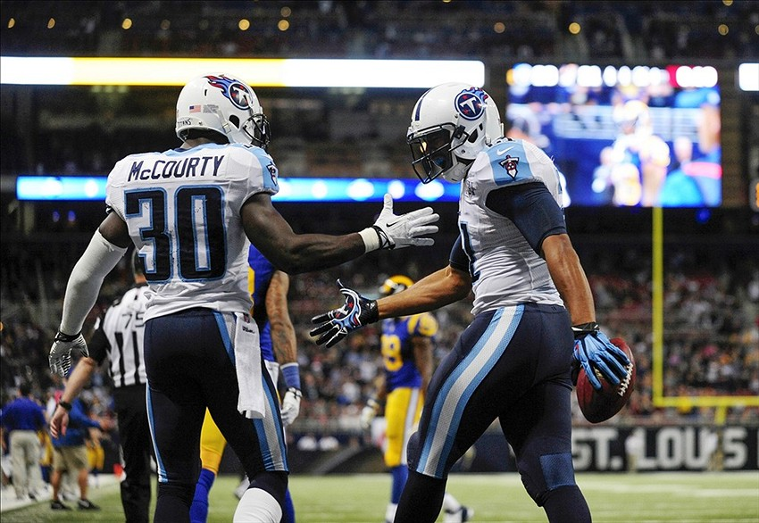 Titans Play Sloppy, Return to .500 with 28-21 Win vs Rams