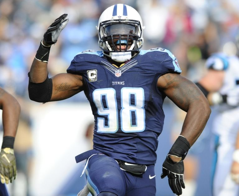 8928517-brian-orakpo-nfl-carolina-panthers-tennessee-titans-768x630
