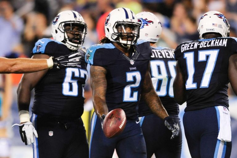 9459331-derrick-henry-nfl-preseason-san-diego-chargers-tennessee-titans-768x511