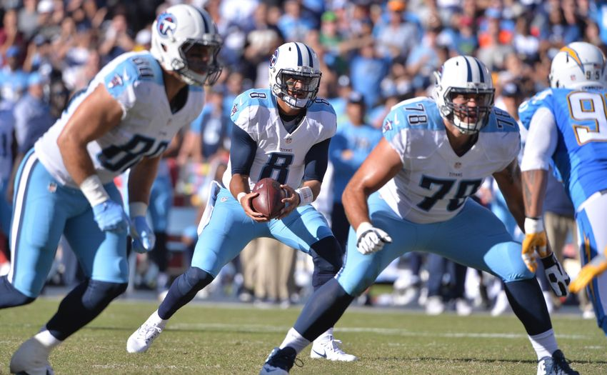 9668200-marcus-mariota-jack-conklin-tenny-palepoi-nfl-tennessee-titans-san-diego-chargers