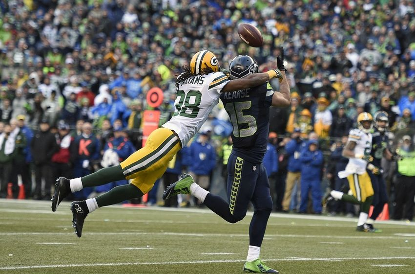 http://cdn.fansided.com/wp-content/blogs.dir/36/files/2015/01/jermaine-kearse-tramon-williams-russell-wilson-nfl-nfc-championship-green-bay-packers-seattle-seahawks-850x560.jpg