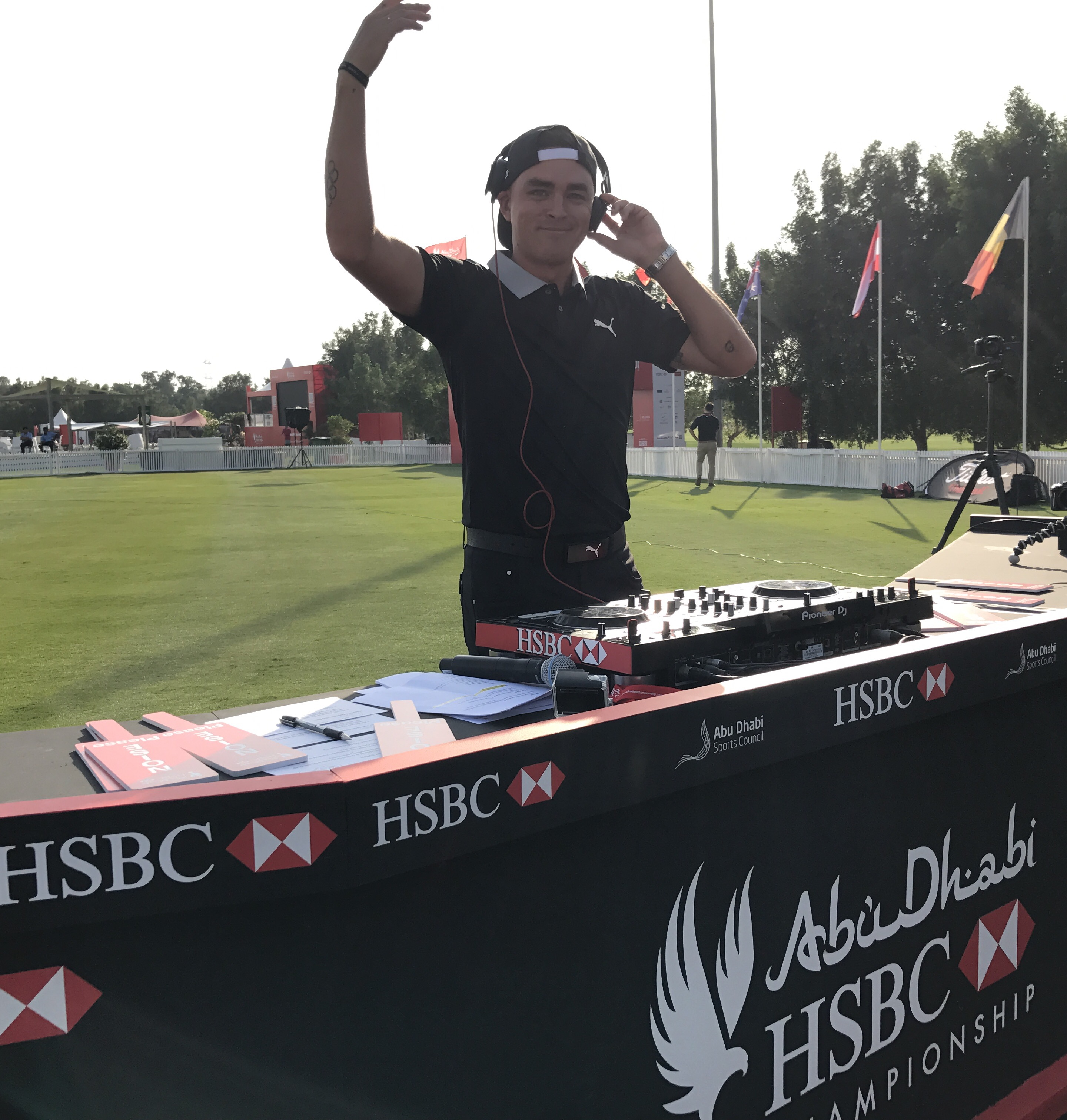 Golf Superstars Hit the Turntables at Abu Dhabi HSBC Championship