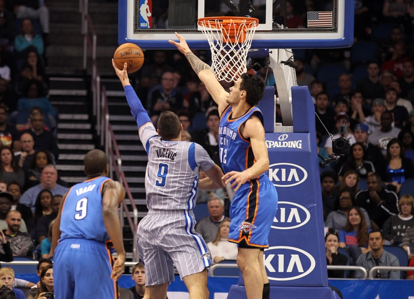 Steven-adams-nikola-vucevic-nba-oklahoma-city-thunder-orlando-magic
